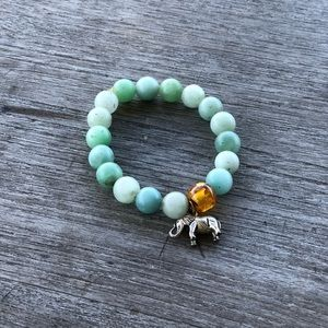 Jewelry - Genuine stone bracelet with elephant